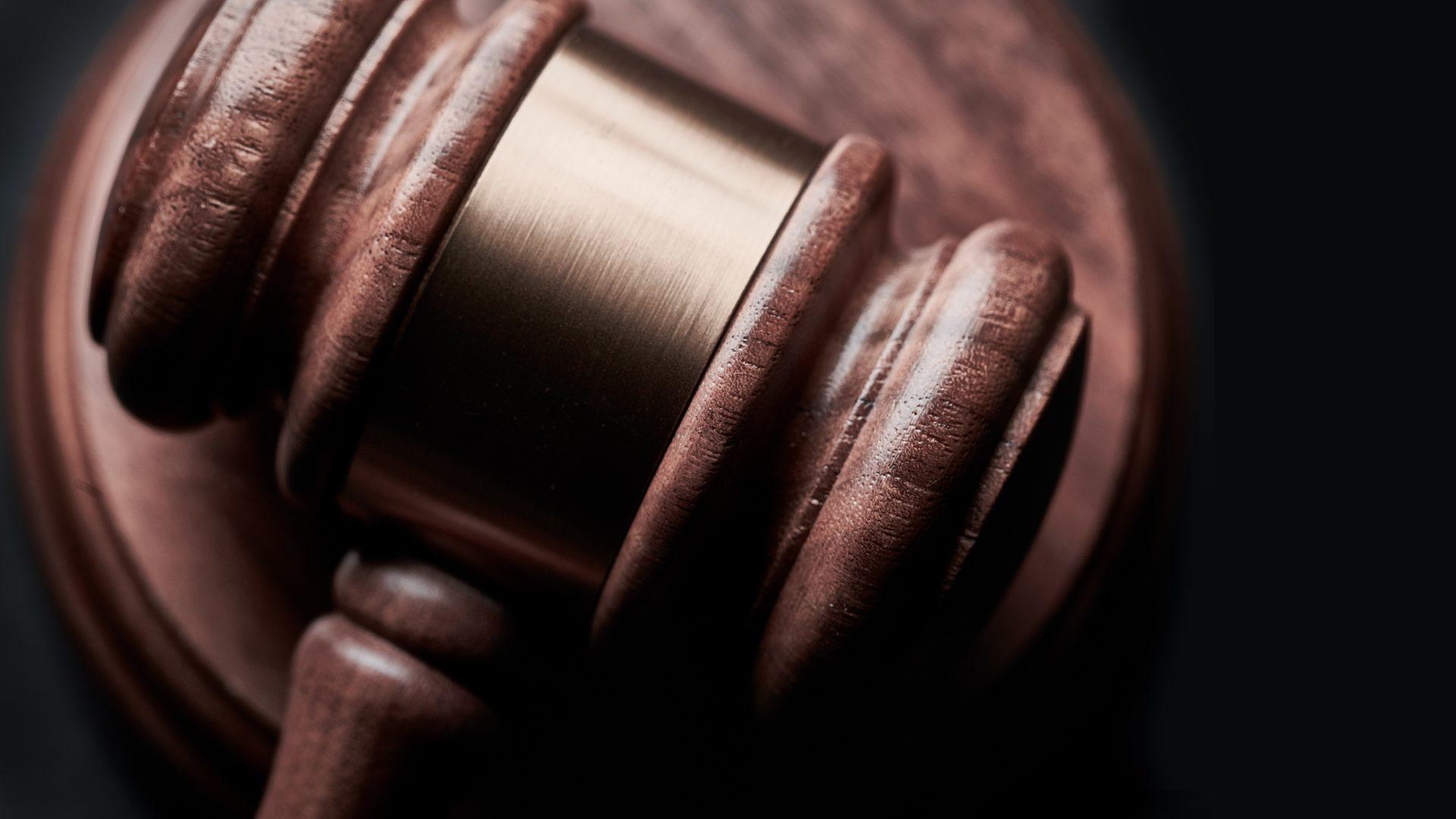 Satversmes tiesā apstrīd interaktīvo azartspeļu aizliegumu